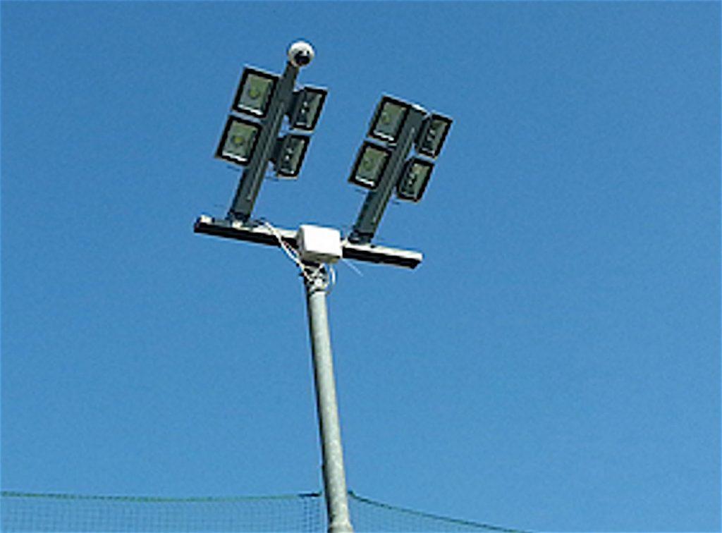 Pali per illuminazione da esterno: lampioncini e lampioni a led per